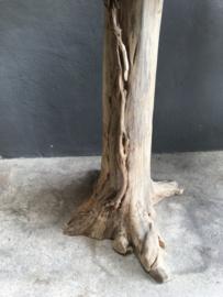Oude houten bartafel statafel stamtafel wortel wortelhout wortelhouten teakhouten staantafel stoer landelijk hout