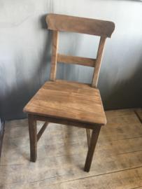 Houten stoel stoeltje stoeltjes eetkamerstoelen keukenstoeltjes hout stoer landelijk