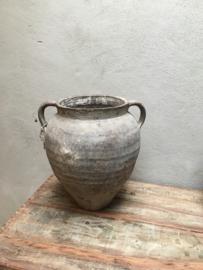 Prachtige grote oude grijze poederachtige stenen kruik met oren pot vaas landelijk stoer sober