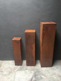 Plaatstaal zuil sokkel pilaar roest 100 x 25 x 25 cm landelijk strak kolom colom