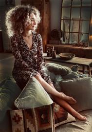 Prachtig kelim kussen 90 x 90 cm landelijk stoer vintage color colour lounge groot ( hondenkussen)