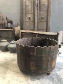 Oud houten ton vat bak bloembak ompot landelijk stoer  60 x 36 cm