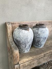 Oude stenen kruik kalk kruikje pot vaas steen kalkresten landelijk vintage stoer brocant shabby chiq