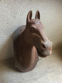 Gietijzeren paard muur wand bevestiging horse pony roest metaal ijzeren