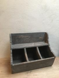 Oud houten gruttersbak aura stoer landelijk schap rek kastje keukenkastje vakkenbak stoer grijs antraciet