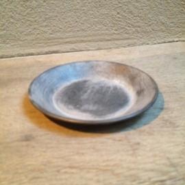 Zinken bord bordje schaaltje bordjes onderzetters bakje onderzetter landelijk stoer grijs 12 cm taps