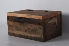 Leuk houten kistje gemaakt van oud doorleefd vergrijsd hout box theebox theedoos sieradendoosje trommel bak bakje Urban small landelijk stoer industrieel