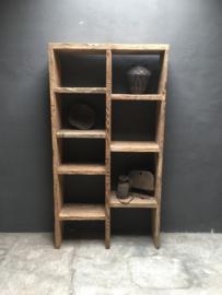 Stoere oud houten kast wandkast old olmwood  elmenhout boekenkast roomdivider wandmeubel landelijk stoer boekenrek