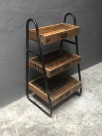 Metalen schap rek met houten planken bakken keukenrek fruitmand  etagere rekje schapje kastje vintage industrieel stoer