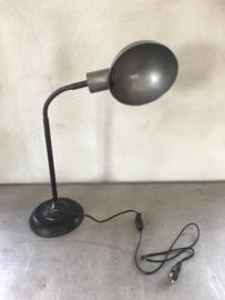 Metalen tafellamp buro bureau lamp lampje lampen lampjes industrieel grijs zwart