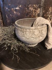 Stoere Stenen pot, bloempot landelijk grijs vergrijsd