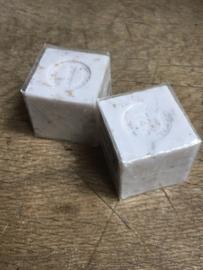 Blok zeep blokje 100 gram lavendelblaadjes Franse zeep savon
