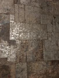 Groot oud metalen wandpaneel paneel scherm binnen & buiten indoor & outdoor luik patchwork industrieel landelijk vintage stoer 122 x 122 cm
