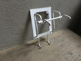 Landelijke smeedijzeren toiletrolhouder wit  smeedijzer wcrolhouder