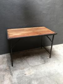Oude landelijke industriële eettafel klaptafel markttafel  werkbank werktafel 120 x 70 cm oud vintage stoer
