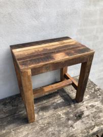Oud houten tafeltje bijzettafeltje Salontafel kindertafeltje burootje naturel landelijk vintage industrieel