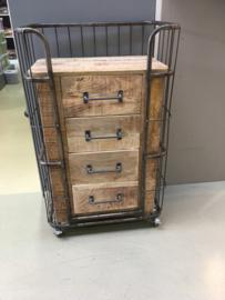 Stoer houten metalen trolley bakkerskar kar karretje industrieel landelijk kastje kast 4 laden lades ladenkast nachtkastjes ladekast nachtkastje nachtkastjes