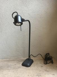 Zwart metalen leeslamp halogeen led  inclusief dimmer schakelaar zwarte leeslampje industriele tafellamp burolamp bureaulamp bedlampje landelijk stoer industrieel chique