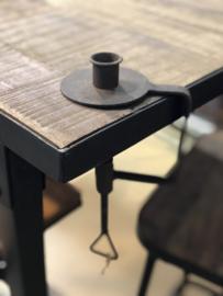 Smeedijzeren kandelaar tafelkandelaar dinerkaars schroefkandelaar landelijk stoer industrieel bruin