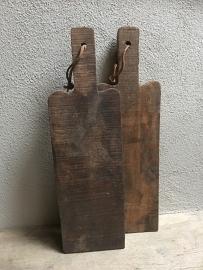 Stoere landelijke oude houten broodplank snijplank landelijk stoer robuust grof oud hout kaasplank