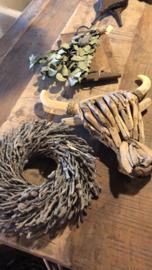 Oud vergrijsd houten drijfhout drijfhouten driftwood Buffalo kop hoofd bull buffel ossenkop gewei schedel koe rund vergrijsd hout  hoorns