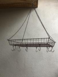 Stoer landelijk draadijzeren plantenhanger pannenrek hanging basket bruin wildrek keukenrek wildhaak 50 X 35 cm