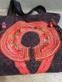 Hele hippe grote schoudertas van oude vintage oosterse stoffen
