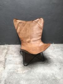 Gave bruine cognac leren stoel fauteuil lounge vlinder butterfly vlinderstoel stoer industrieel vintage
