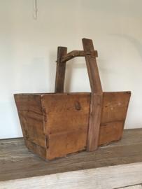 houten graanbak trog boerenbak mangelbak mand schaal magelbak landelijk vergrijsd