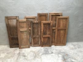 Oude naturel houten luiken luikjes Luik luikje paneel Wandpaneel hout landelijk stoer oud