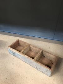 Oud houten gruttersbak dienblad vakkenbak bakje bak schaal theedoos kruidenbak landelijk stoer oud hout