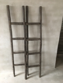 Oud houten ladder laddertje trap trapje 155 x 38 cm landelijk brocant stoer handdoekenrek decoratie hout vergrijsd doorleefd