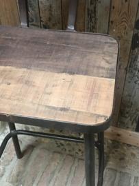 Industriele landelijke kruk barkruk met voetsteun barhoogte hoog stoer industrieel vintage metaal grijs bruin