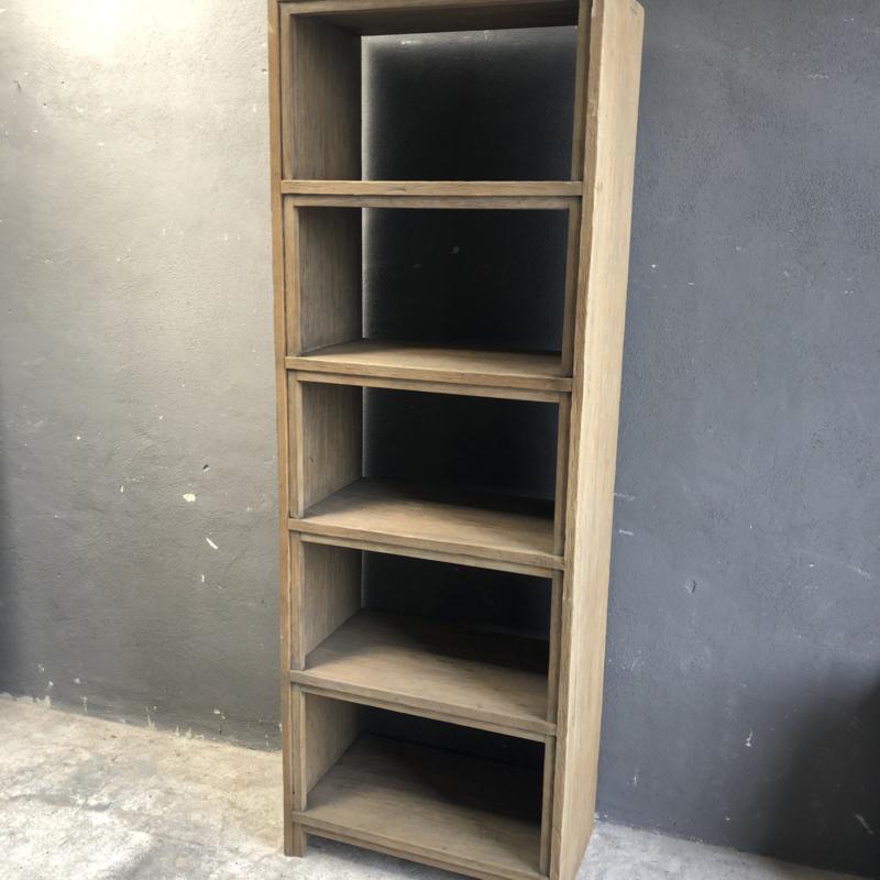Grote licht vergrijsd houten boekenkast kast hoog smal 200 x 70 x 40 cm landelijk stoer