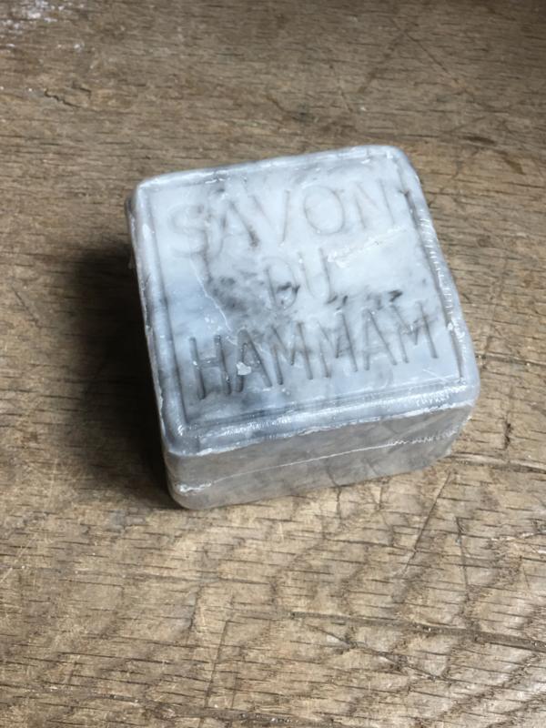 Heerlijk groot stuk hammam zeep grijs grijze savon du hammam 265 gram