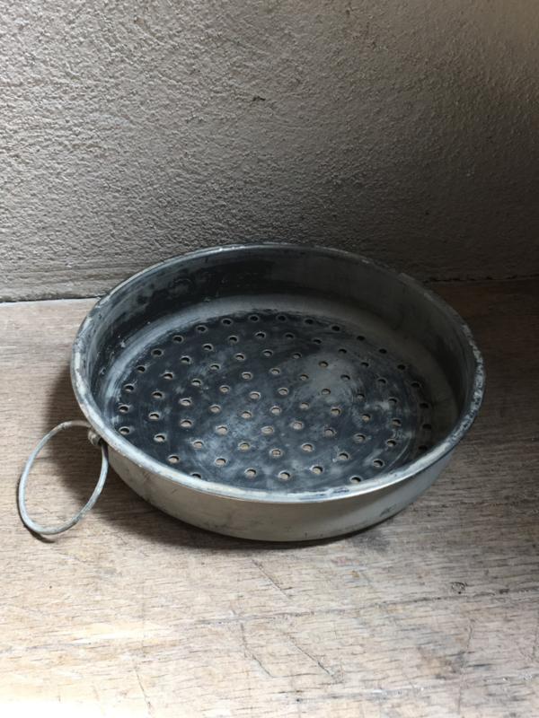 Vergiet mini uitlekschaaltje grijs wildrek assecoires keuken landelijk Brocant schaaltje