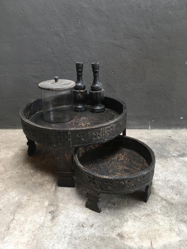 Set van 2 houten grinders grinder tafeltje dienblad schaal zwart zwarte vintage landelijk stoer rond ronde bak