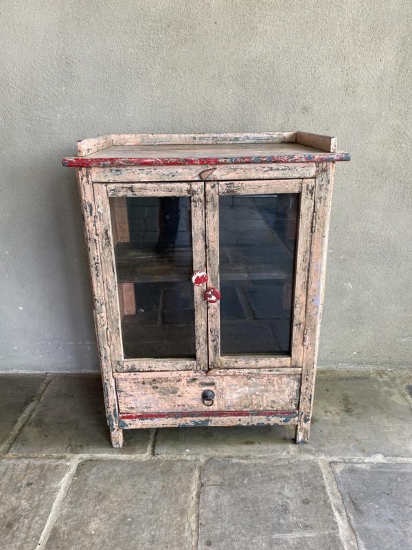Brocant oud roze rose houten kastje keukenkast vitrine keukenkast Wandkastje wandkast toonbankkastje showkastje vitrinekast vitrinekastje wandkastje vitrine landelijk vintage industrieel wandkastje winkelkast etalage