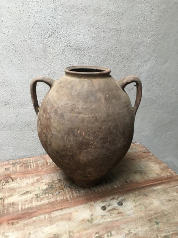 Prachtige grote oude poederachtige stenen kruik met oren pot vaas landelijk stoer sober