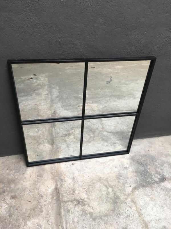 Groot zwart metalen stalraamspiegel 80 x 80 cm vierkant vierkant palace pomax stalraam kozijn venster tuinspiegel spiegel zwart kozijn venster landelijk industrieel vintage