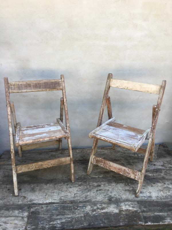 Vintage oude vergrijsd houten klapstoel klapstoeltje wit vergrijsde klapstoeltjes bistro klapstoelen industrieel landelijk