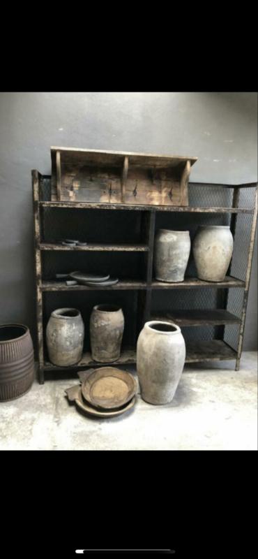 Groot metalen schap rek kast wandkast wandrek winkelkast boekenkast vakkenkast industrieel landelijk vintage robuust