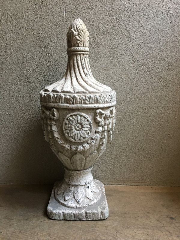 Groot gaaf ornament old look kegel pion baluster landelijk brocant