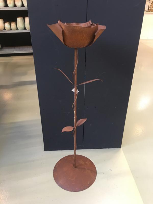 Grote metalen roos op stam roest plaatstaal ( cortenstaal ?)  bloem 125 cm