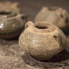 Oud stenen kruikje kruik potje landelijk stoer sober shabby decoratie