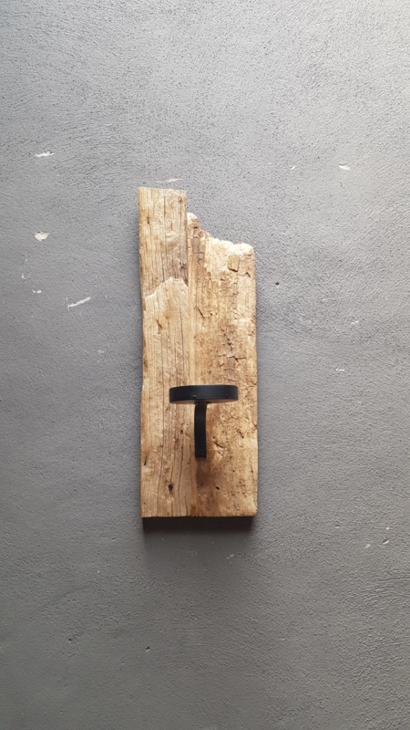 Oud houten wandkandelaar stompkaars