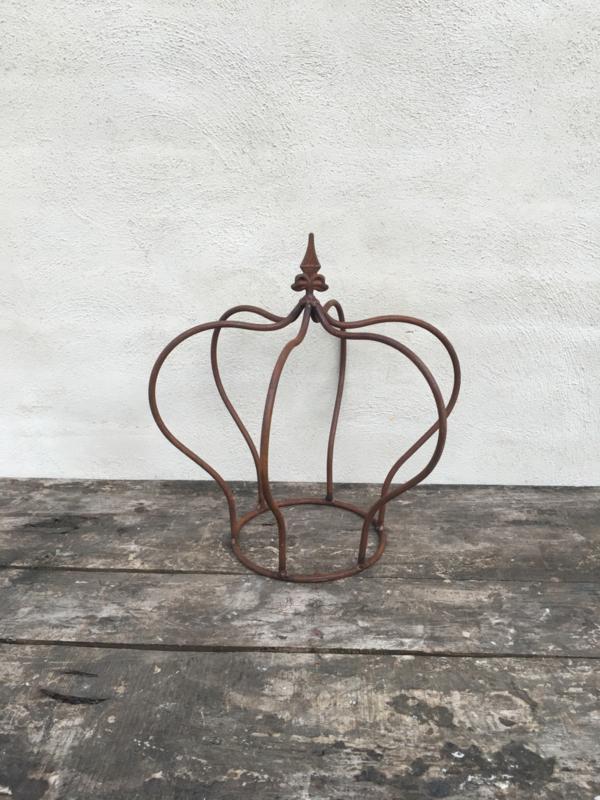 Smeedijzeren kroontje kroon landelijk klimplant decoratie metaal metalen ornament