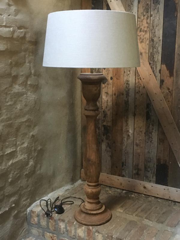 Stoere naturel bruine houten balusterlamp ballusterlamp vloerlamp 90 cm tafellamp landelijk stoer robuust