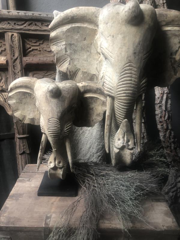 Prachtig houten olifant op stand landelijk stoer grijs bruin beeld ornament decoratie