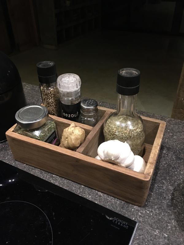 Houten gruttersbak naturel vakkenbak bakje kruidenbakje krat kratje kistje theedoos landelijk bric-à-brac brocant